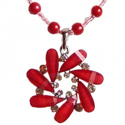Red Diamante Round Swirl Pearl Necklace