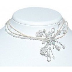White Beaded Flower Bead Choker