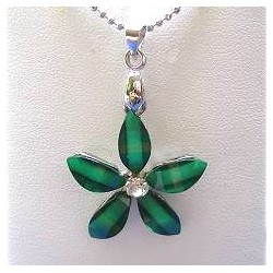 Cute Costume Jewellery Accessories, Fashion Women Teenage Teen Girls Small Gift, Green rhinestone Lucky Flower Pendant Necklace