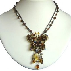 Handcrafted Bead Costume Jewellery Accessories, Fashion Women Gift, Brown Beaded Fluttering Butterfly Drop Fashion Necklace