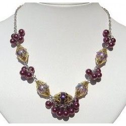 Fuchsia Cluster Fashion Pearl Necklace
